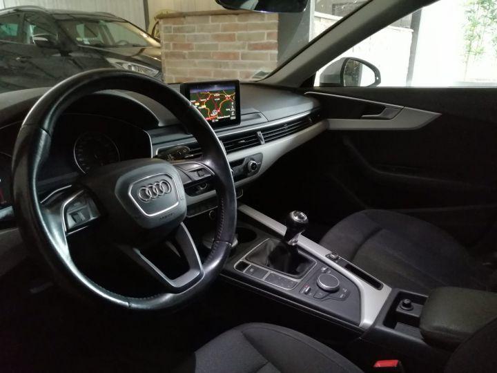 Audi A4 Avant 2.0 TDI 150 CV DESIGN BV6 Gris - 5