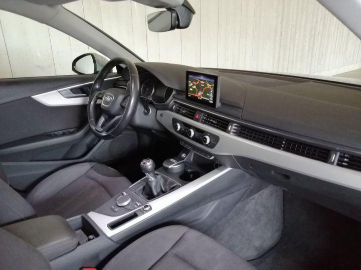 Audi A4 Avant 2.0 TDI 150 CV DESIGN BV6 Gris - 7