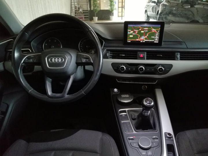 Audi A4 Avant 2.0 TDI 150 CV DESIGN BV6 Gris - 6