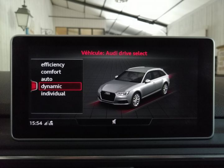 Audi A4 Avant 2.0 TDI 150 CV SLINE BV6 Blanc - 11