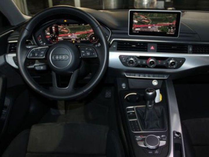 Audi A4 Avant 2.0 TDI 150CH S LINE GRIS MOUTAIN - 6