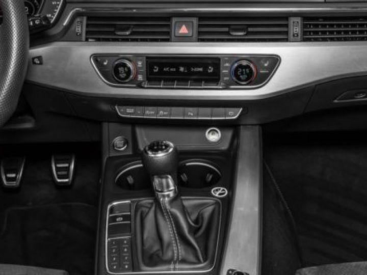 Audi A4 Avant 2.0 TDI 150CH SPORT GRIS  DAYTONA - 5