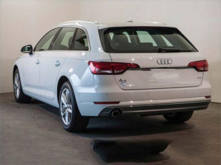 Audi A4 Avant 2.0 TDI 150CH SPORT BLANC - 2