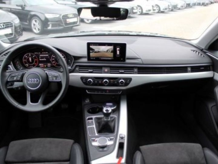 Audi A4 Avant 2.0 TDI 150CH SPORT NOIR - 8