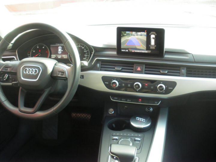 Audi A4 Avant 2.0 TDI 150cv NOIR - 10