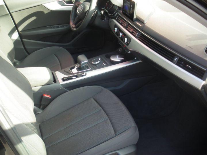 Audi A4 Avant 2.0 TDI 150cv NOIR - 12