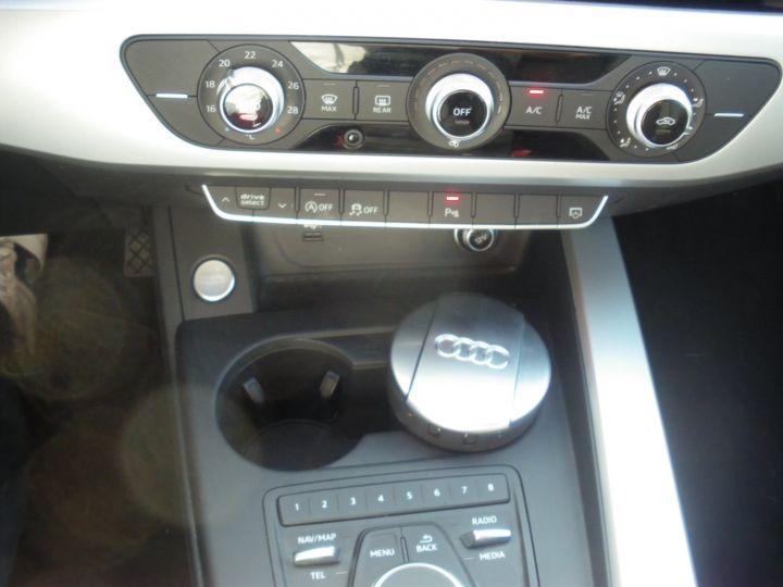 Audi A4 Avant 2.0 TDI 150cv NOIR - 13