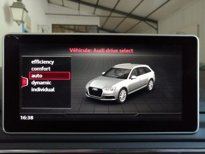 Audi A4 Avant 2.0 TDI 190 CV DESIGN BVA  Noir - 18