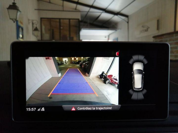 Audi A4 Avant 2.0 TDI 190 CV DESIGN LUXE BVA Gris - 12