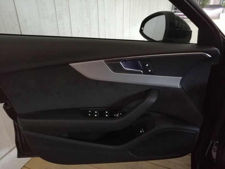 Audi A4 Avant 2.0 TDI 190 CV DESIGN LUXE QUATTRO BVA Noir - 10