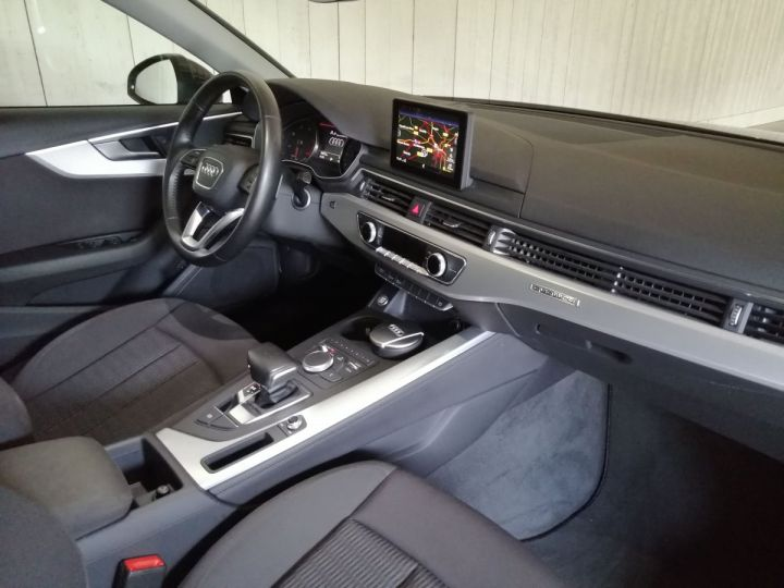 Audi A4 Avant 2.0 TDI 190 CV DESIGN QUATTRO BVA  Gris - 7