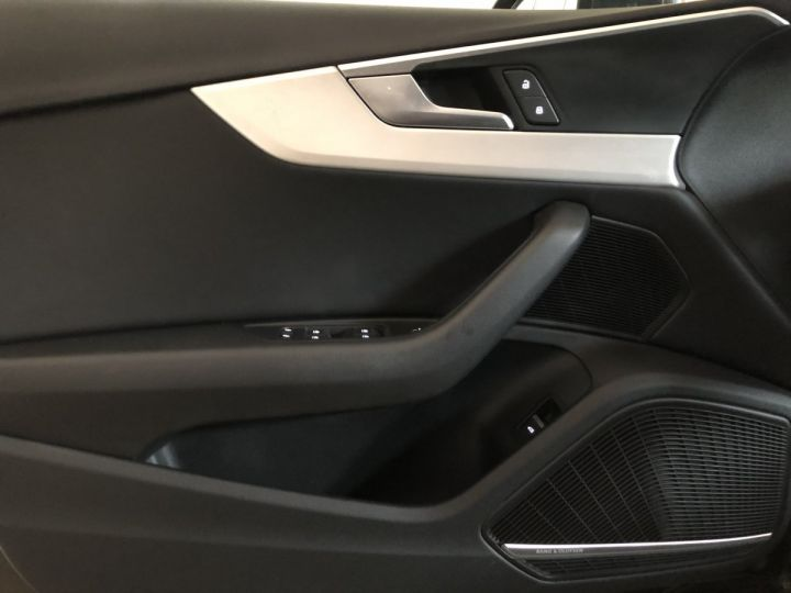 Audi A4 Avant 2.0 TDI 190 CV SLINE QUATTRO BVA Gris - 10