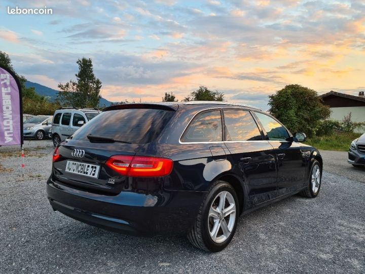 Audi A4 Avant 2.0 tdi 190 quattro ambiente s-tronic 06/2014 ATTELAGE TOIT PANO XENON LED  - 2