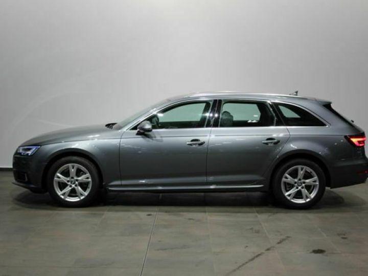 Audi A4 Avant 2L TFSI Quattro S TRONIC gris  - 4