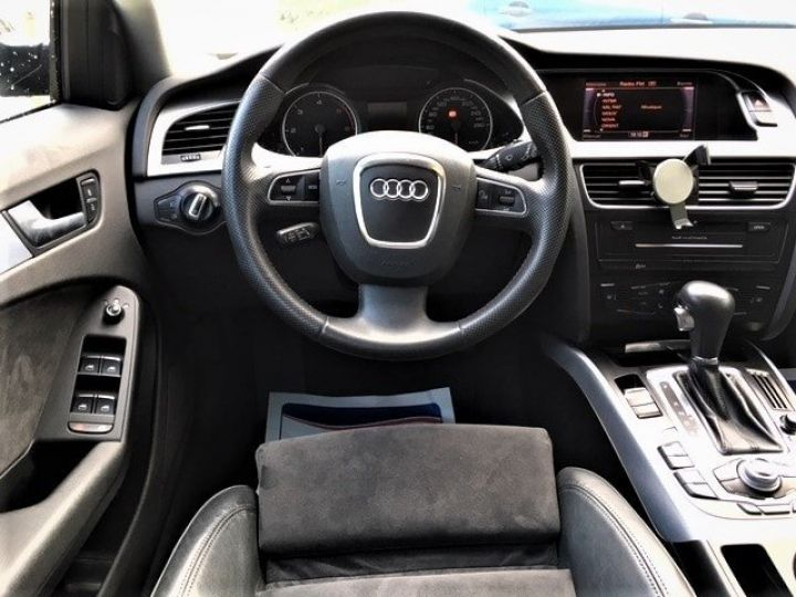 Audi A4 Avant 3.0 V6 TDI 240 DPF AMBITION LUXE QUATTRO TIPTRONIC 6 Gris foncé métal Occasion - 8