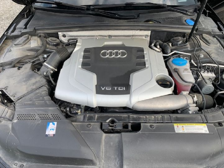 Audi A4 Avant V6 3.0 TDI 240 Quattro S line S-Tronic  NOIR - 9