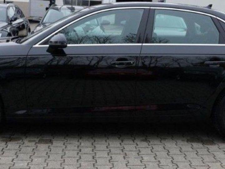 Audi A4 V 2.0 TFSI 190  Sport S-tronic(04/2018) noir métal - 4