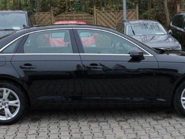 Audi A4 V 2.0 TFSI 190  Sport S-tronic(04/2018) noir métal - 8