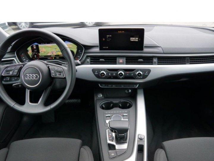 Audi A4 V 2.0 TFSI 190  Sport S-tronic(04/2018) noir métal - 12