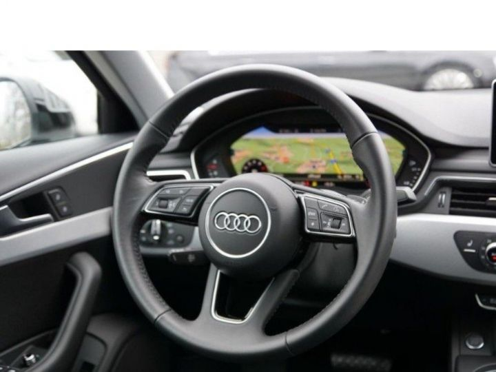 Audi A4 V 2.0 TFSI 190  Sport S-tronic(04/2018) noir métal - 14