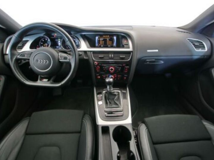 Audi A5 1.8 TFSI 177CH S LINE ROUGE Occasion - 8
