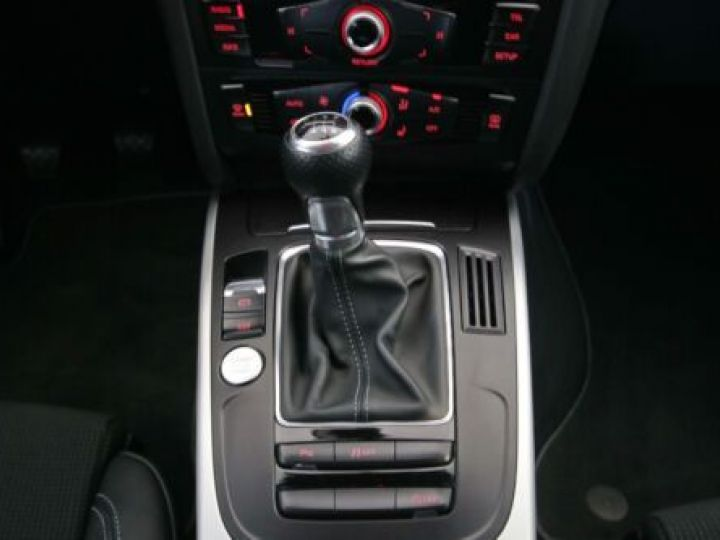 Audi A5 1.8 TFSI 177CH S LINE ROUGE Occasion - 12