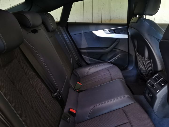 Audi A5 Sportback 2.0 TDI 190 CV SLINE STRONIC Noir - 9