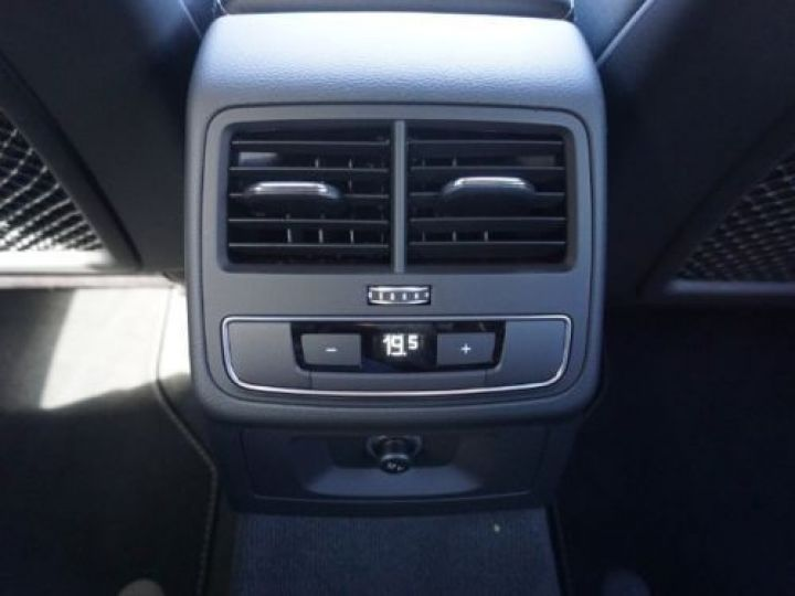 Audi A5 Sportback 2.0 TDI 190CH S LINE QUATTRO S TRONIC 7 10CV GRIS  FONCE - 9