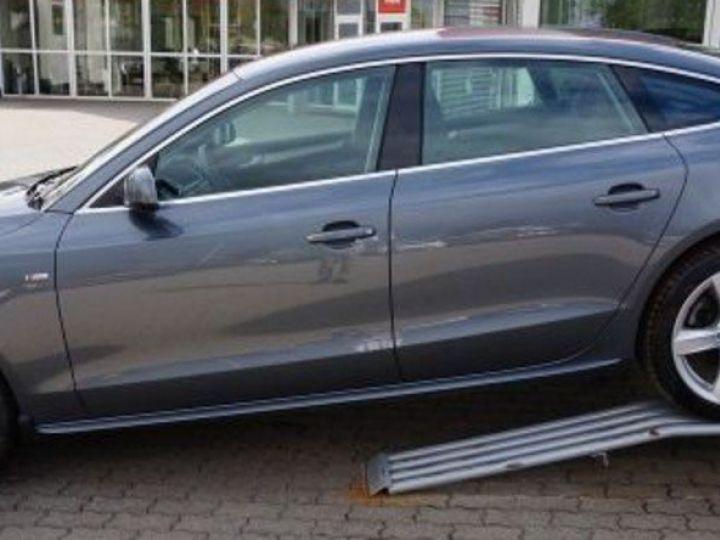 Audi A5 Sportback 2.0 TDI190 quattro SB S-Line Stronic(10/2016) gris métal - 4