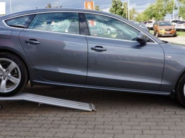 Audi A5 Sportback 2.0 TDI190 quattro SB S-Line Stronic(10/2016) gris métal - 5