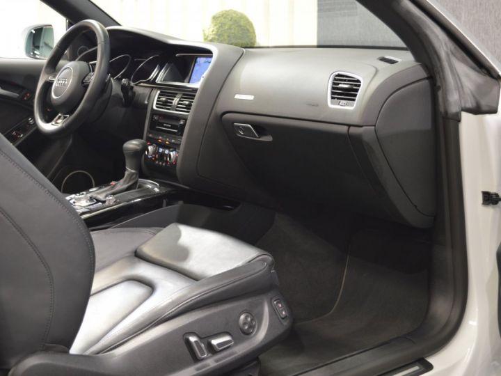 Audi A5 Superbe cabriolet 3.0 tdi v6 245ch quattro stronic sline plus 1ere main 20 camera attelage BLANC GLACIER - 11