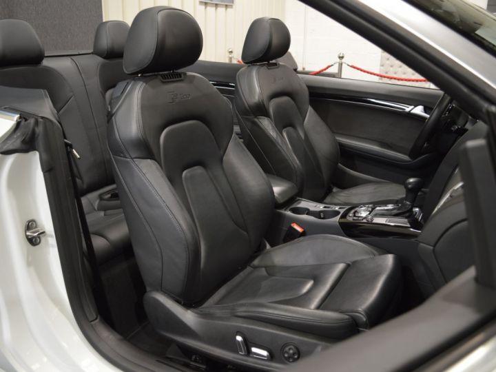 Audi A5 Superbe cabriolet 3.0 tdi v6 245ch quattro stronic sline plus 1ere main 20 camera attelage BLANC GLACIER - 13