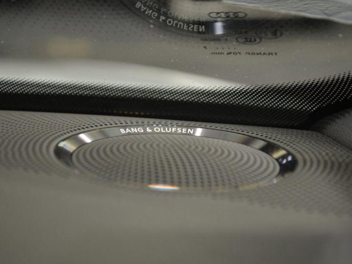 Audi A5 Superbe cabriolet 3.0 tdi v6 245ch quattro stronic sline plus 1ere main 20 camera attelage BLANC GLACIER - 17