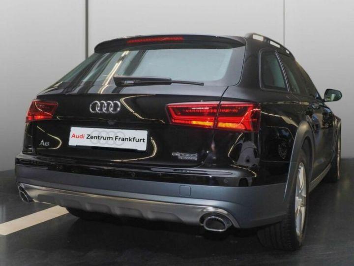 Audi A6 Allroad noire - 3