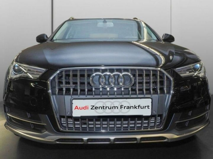 Audi A6 Allroad noire - 4