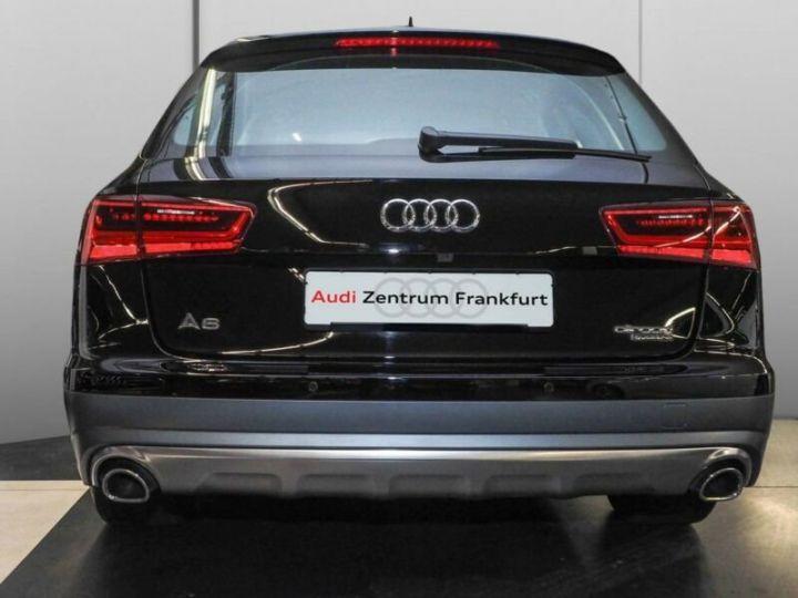 Audi A6 Allroad noire - 9