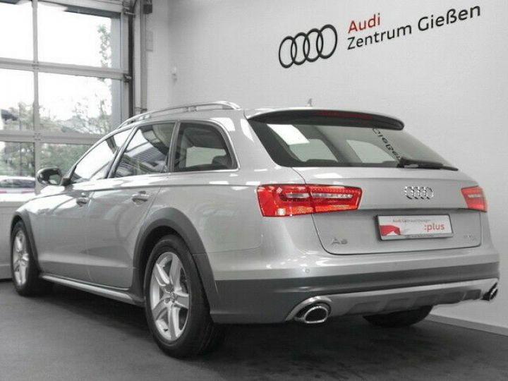 Audi A6 Allroad QUATTRO gris - 3