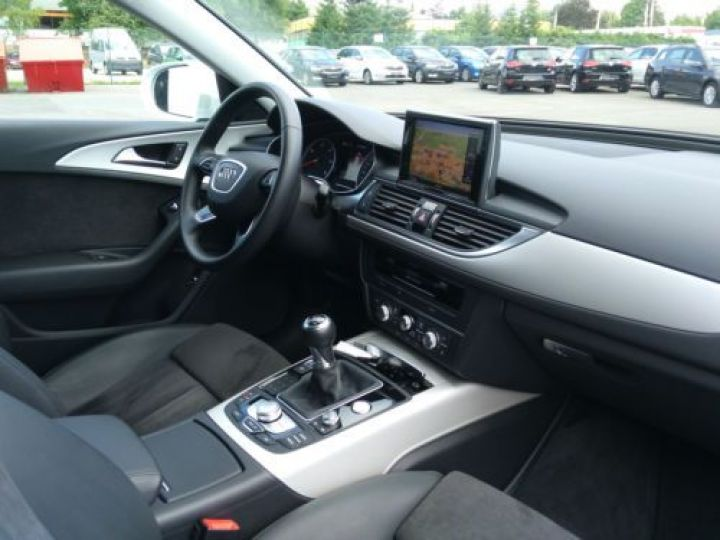 Audi A6 Avant 2.0 TDI 190CH ULTRA S LINE BLANC - 9