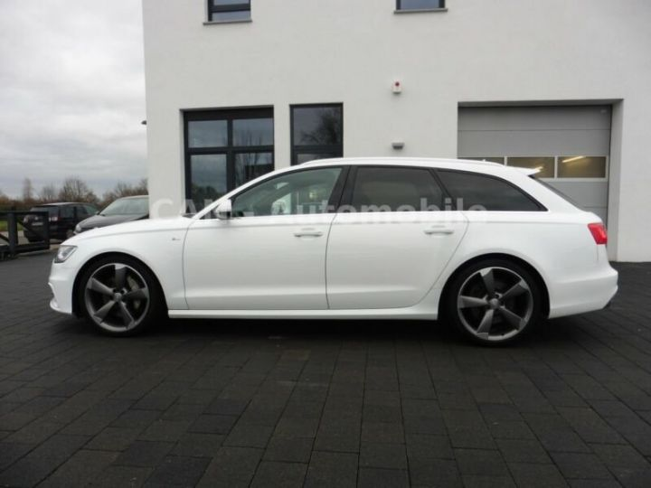 Audi A6 Avant 3.0L bi idi quattro  blanc - 2