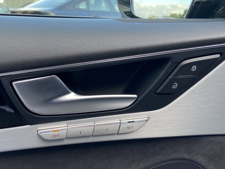 Audi A8 3.0 V6 TDI 258ch AVUS EXTENDED QUATTRO TIPTRONIC NOIR - 27