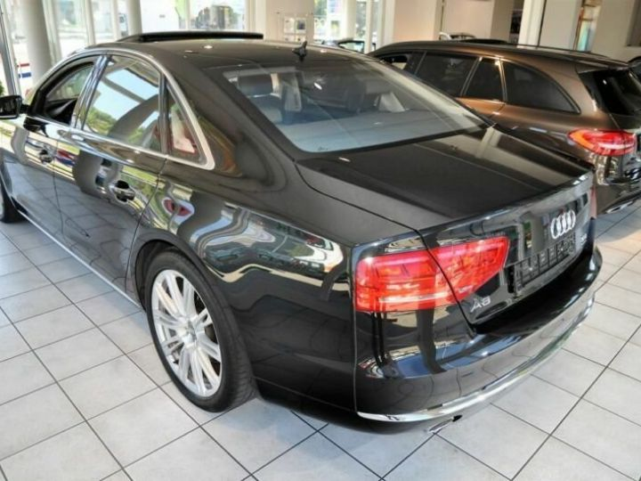 Audi A8 3.0L TDI Quattro 250CV noir  - 4