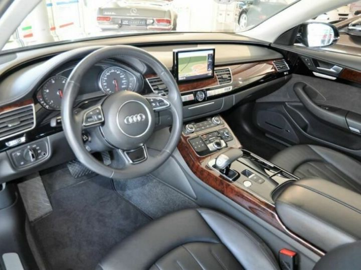 Audi A8 3.0L TDI Quattro 250CV noir  - 14