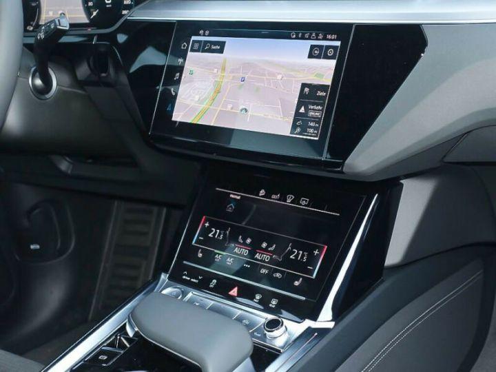 Audi E-tron gris  - 7