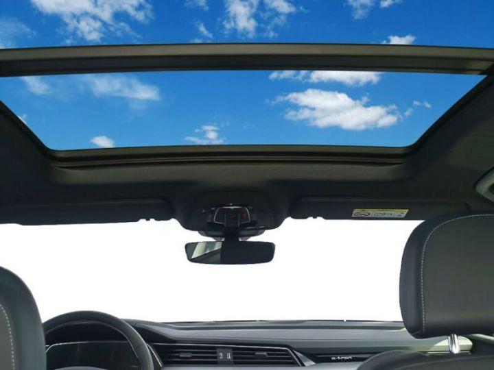 Audi E-tron gris  - 11