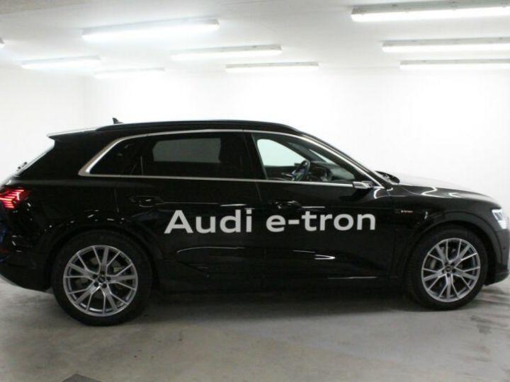 Audi E-tron noir - 2