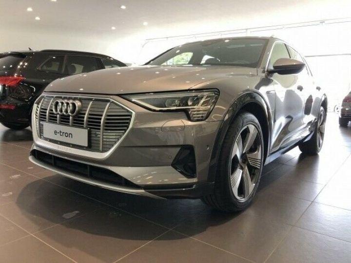 Audi E-tron 55 QUATTRO GRIS  - 1
