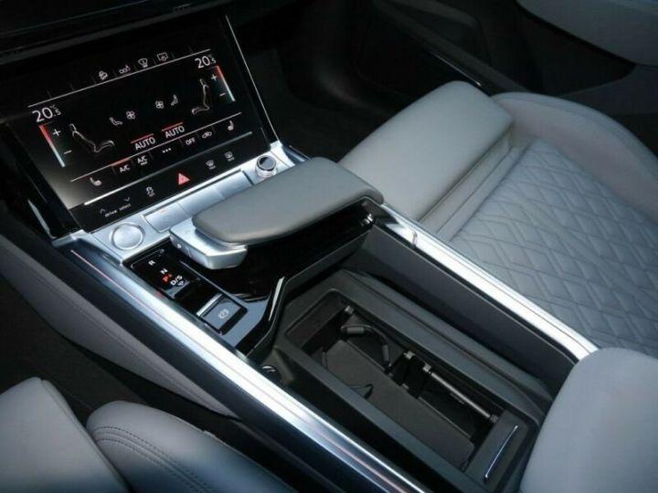 Audi E-tron s-line  noir mythos métallisé - 11