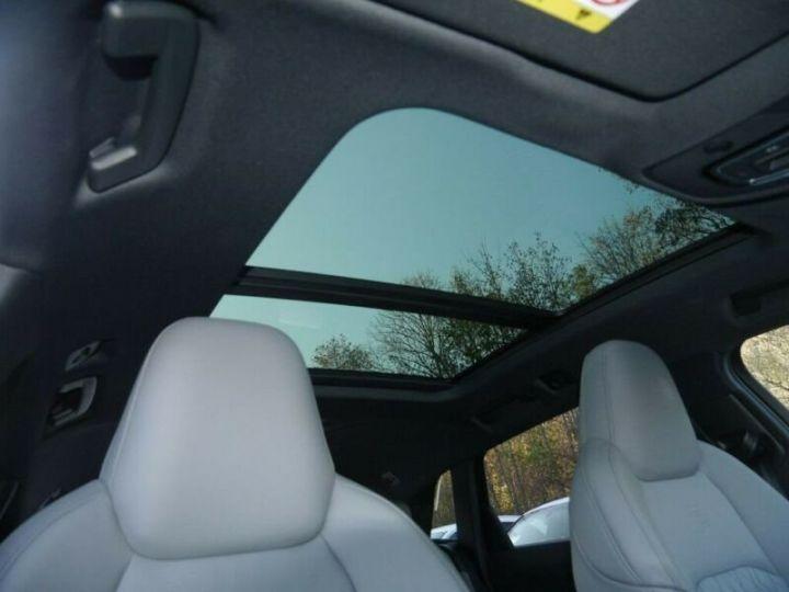 Audi E-tron s-line  noir mythos métallisé - 15