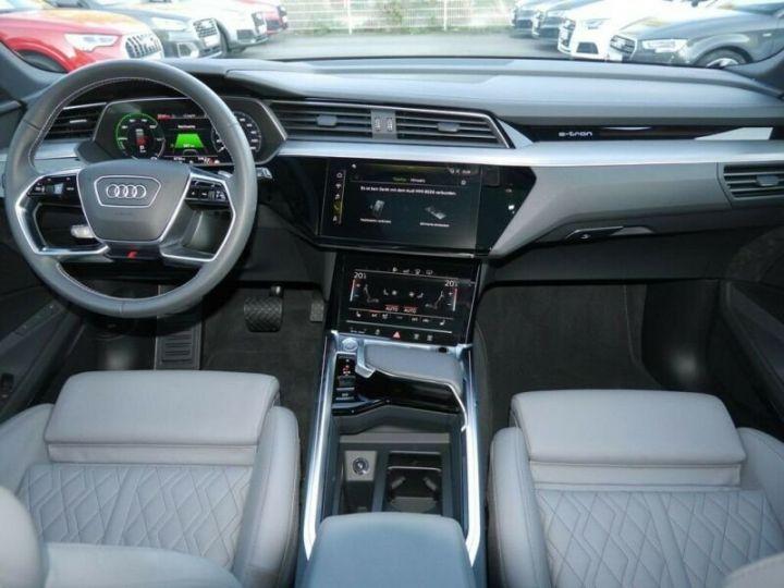 Audi E-tron s-line  noir mythos métallisé - 16