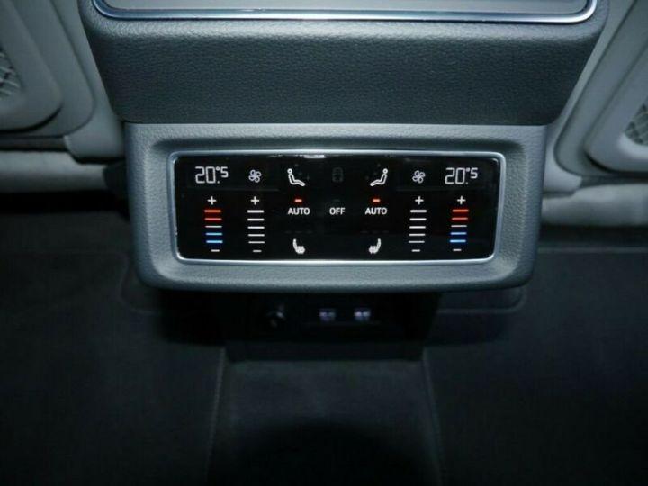 Audi E-tron s-line  noir mythos métallisé - 17